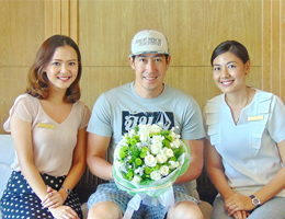 Cape Nidhra Hotel Welcomes Thai Superstar
