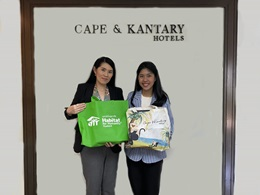 Cape & Kantary Hotels and Habitat for Humanity Thailand  Exchange New Year Greetings